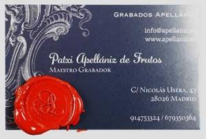 Tarjeta de Patxi Apellániz sellada en lacre.