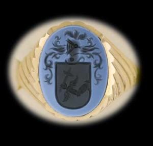 Escudo heráldico grabado en piedra. www.apellániz.es